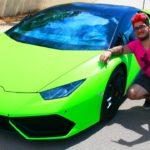 Youtuber SirKazzio compra Lamborghini e gera polémica