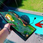 Como irritar um jogador de LOL: atirar o ecrã para a piscina e ainda...